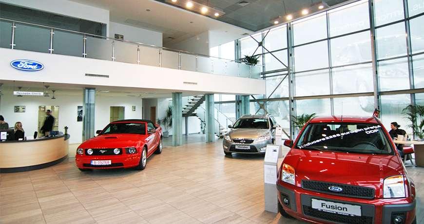 constructii hale industriale - cladiri showroom auto