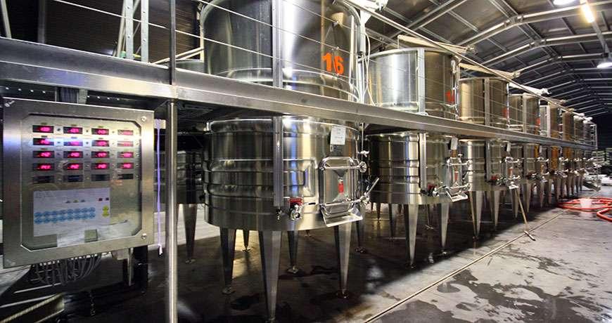 hale metalice pentru vinarii