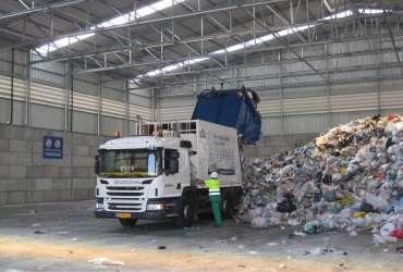 hale metalice pentru reciclare deseuri