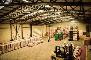 hala metalica productie mobila