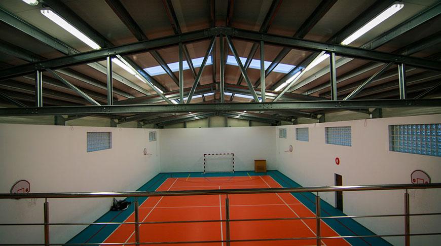 hala metalica sport si recreere etaj interior