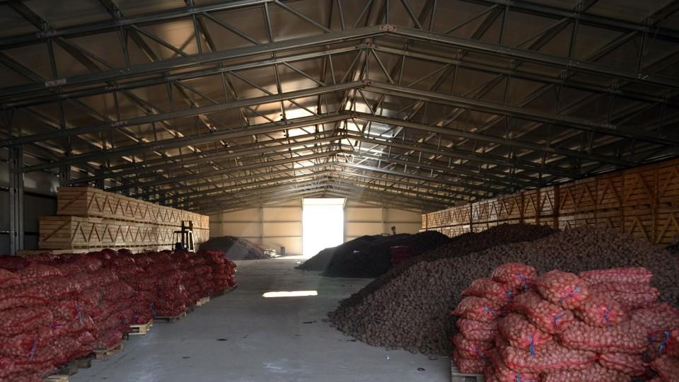 producători spați de depozitare cartofi