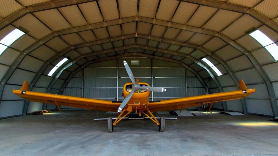 hangare industriale aviație