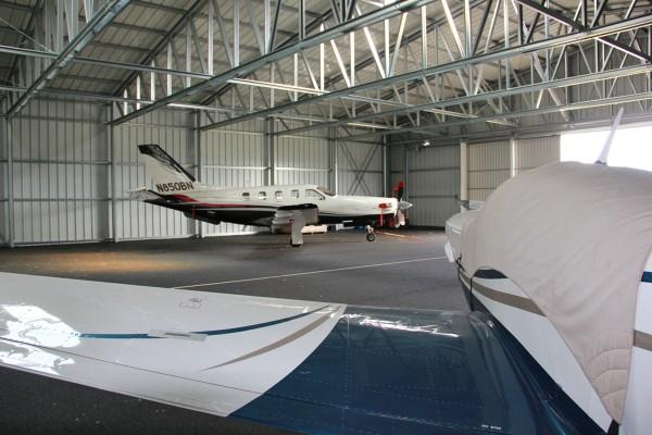 hangare ieftine avioane