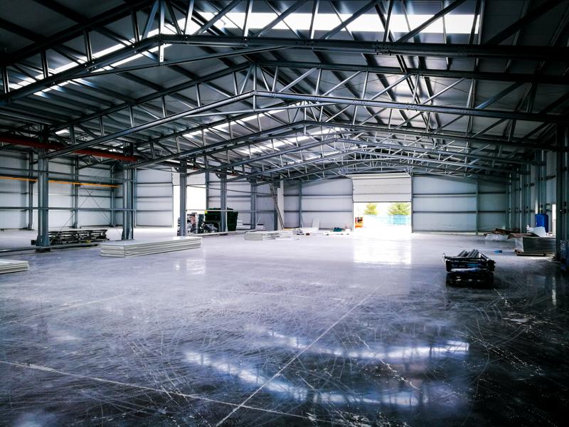 interior hala productie metalica frisomat