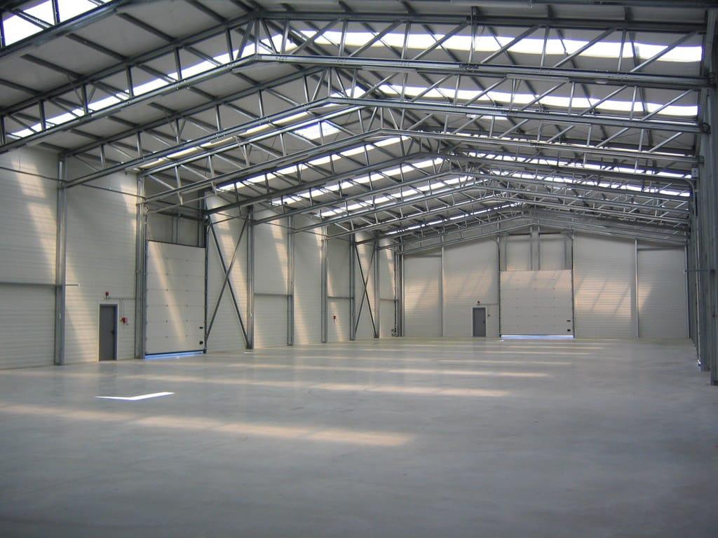 interior hala productie si depozitare frisomat