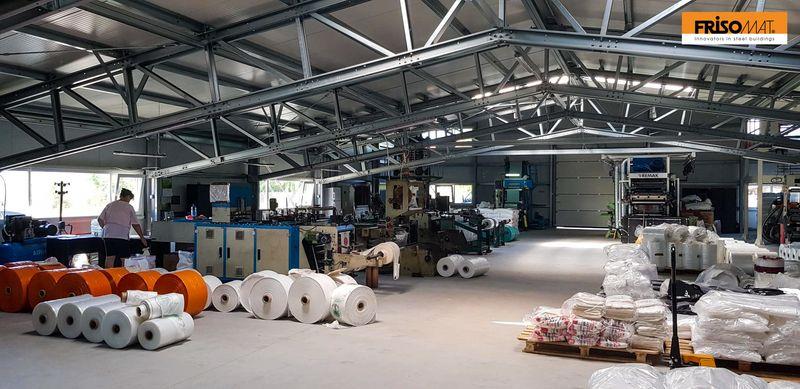 interior spatiu productie hala metalica corola frisomat